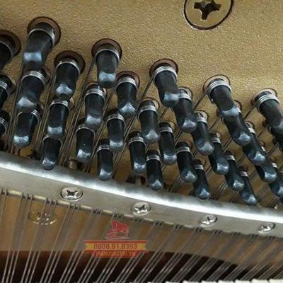 đàn piano upright lên dây đàn