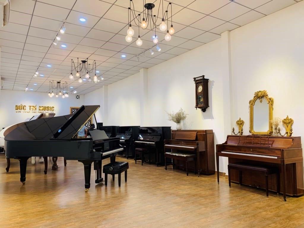 showroom đàn piano cơ đức trí